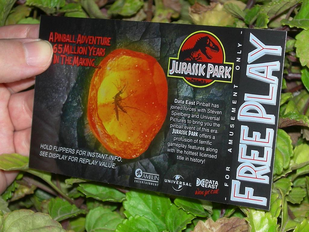 Jurassic%20Park%20Custom%20Pinball%20Card%20%20Free%20Play%20print2c.jpg