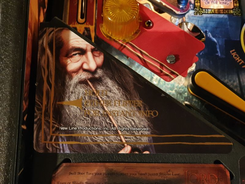 Lord%20of%20The%20Rigns%20Pinball%20Cards%20Mikonos%20seraph%20photo3.jpg