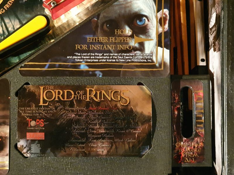 Lord%20of%20The%20Rigns%20Pinball%20Cards%20Mikonos%20seraph%20photo4.jpg