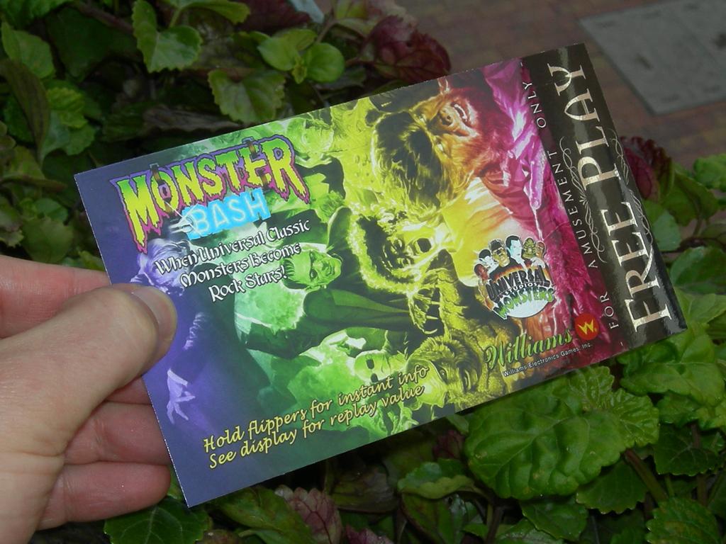 Monster%20Bash%20Custom%20Pinball%20Card%20Free%20Play%20print3.jpg