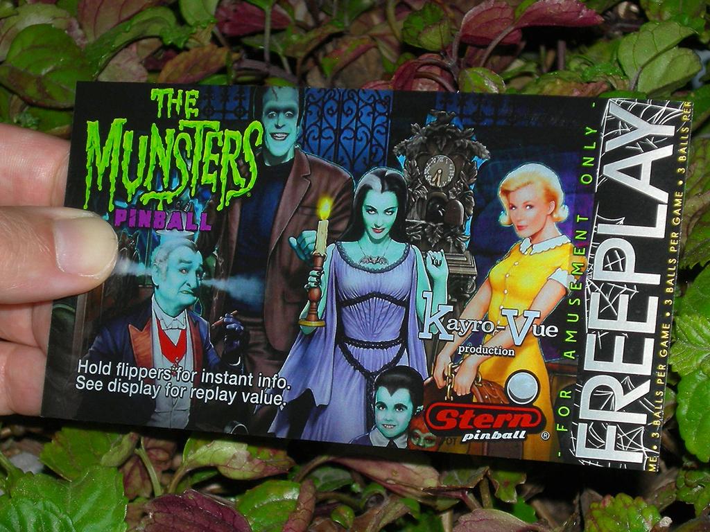 The Munsters Custom Pinball Card Free Play print2c